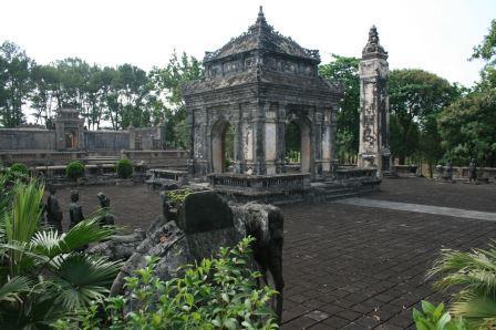 ドンカイン帝廟
